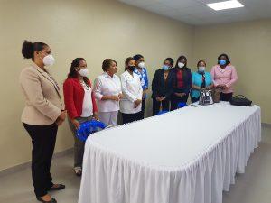 DOCTORA MONSERRAT SANTANA SALUDA JURAMENTACION DE NUEVAS INCUMBENTES DEL AREA DE ENFERMERIA
